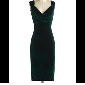 Size S Green Velvet Rock Steady Dress